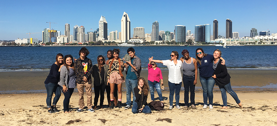 Guardian Scholars at the beach in San Diego
